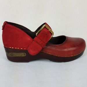 Lucky Brand - Red Leather Clogs